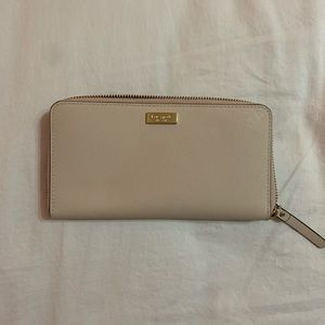 Kate Spade continental wallet nude